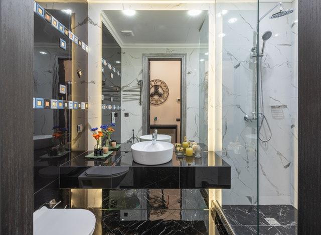 Bathrooms Surfaces